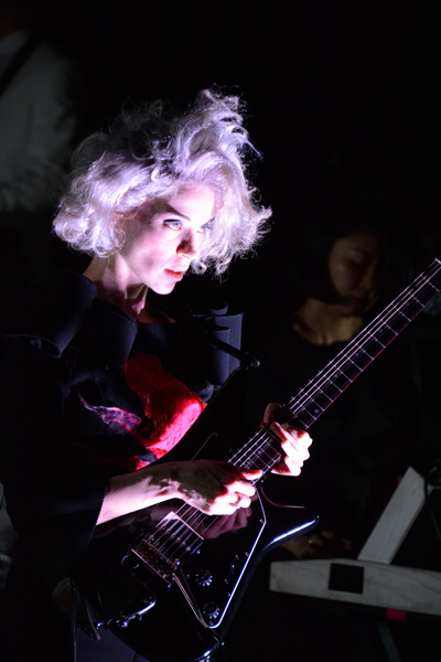 St. Vincent en concert à la Cigale, Paris, le mardi 18 février 2014