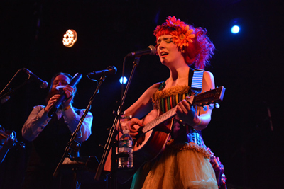 GABBY YOUNG AND OTHER ANIMALS -  Le Divan du Monde - Paris, lundi 26 mai 2014