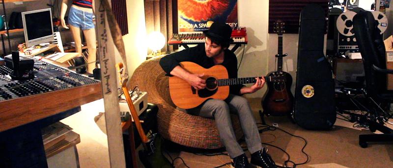 GAZ COOMBES - Interview - Paris, mercredi 17 décembre 2014