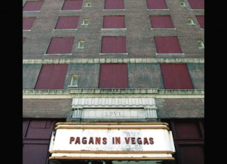 METRIC - Pagans In Vegas (2015)