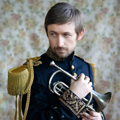 "THE DIVINE COMEDY dévoile le clip de ""Catherine The Great"""