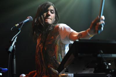 EMILY WELLS –  Festival Les Femmes S'en Mêlent – Le Centquatre, Paris – samedi 22 mars 2014