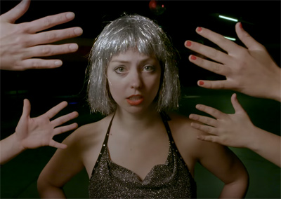 "ANGEL OLSEN - ""Shut Up Kiss Me"""
