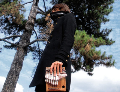 OROUNI – «Kalimbalism» – En concert le 9 juillet au Petit Bain