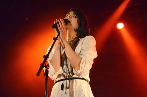 BAT FOR LASHES – Le Trianon – Paris, dimanche 25 novembre 2012