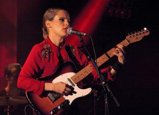 ANNA CALVI - Festival des Inrocks - L'Olympia, Paris, lundi 7 novembre 2011