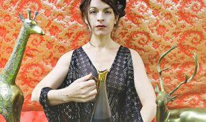 JESCA HOOP + HOLY TWO + WYVE @ Café de la Danse