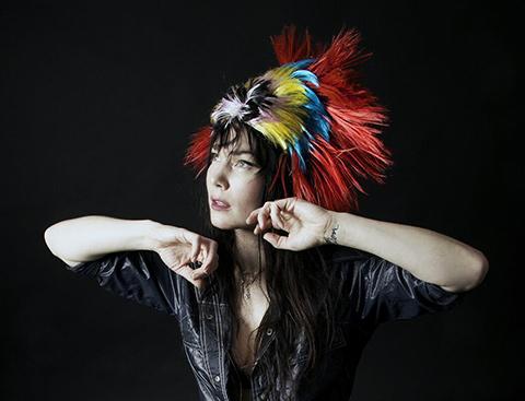 BRISA ROCHE – Nouvel EP : «Lit Accent»