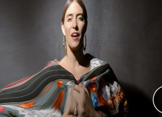 "FEIST - Le clip de ""Pleasure"""