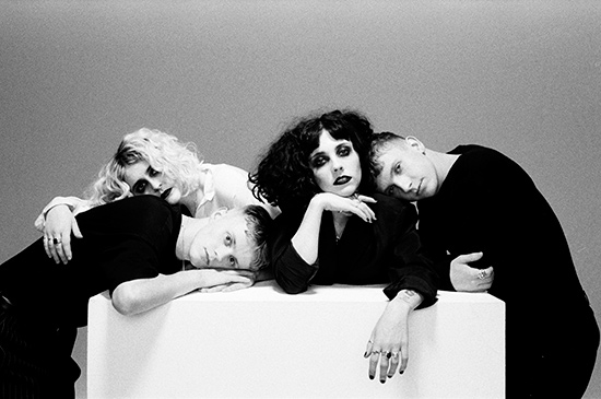 "PALE WAVES - ""New Year's Eve EP"" - Sortie le 18 janvier 2018"
